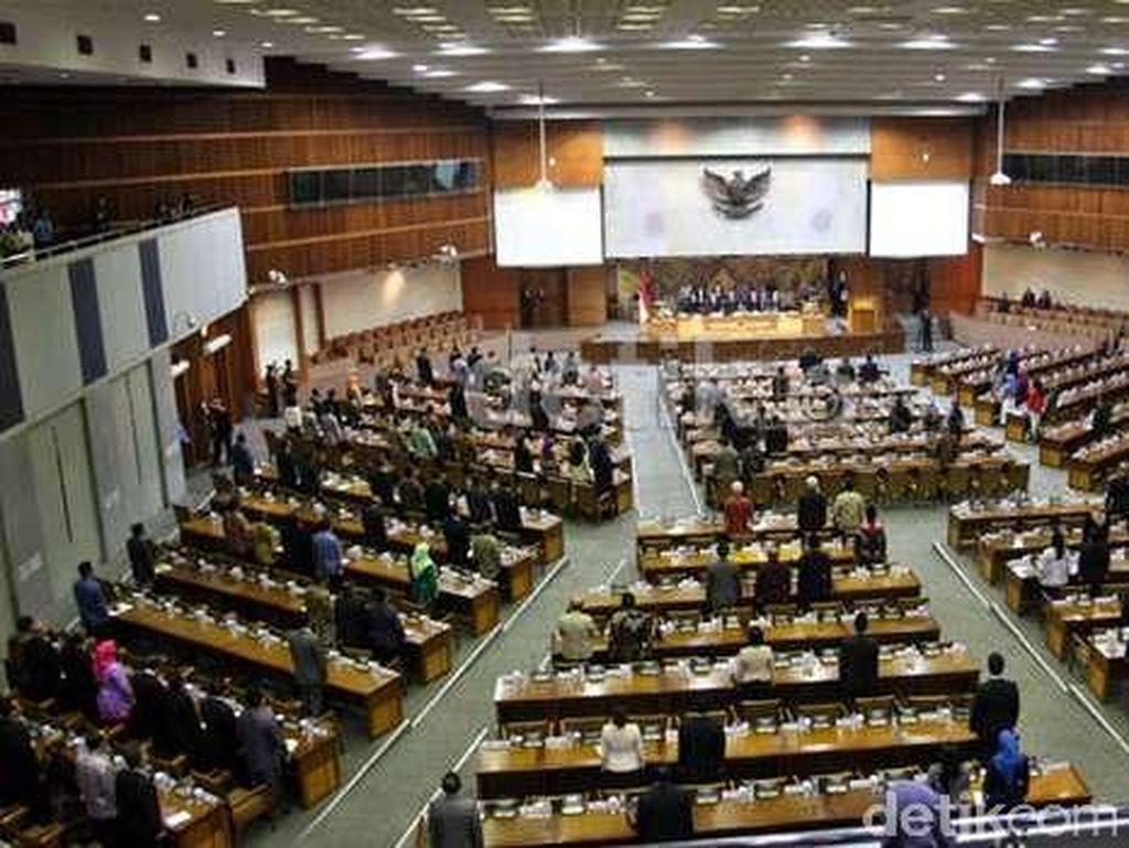Tok! Anggota DPR Sepakat RUU Omnibus Law Ciptaker Dibawa ke Baleg