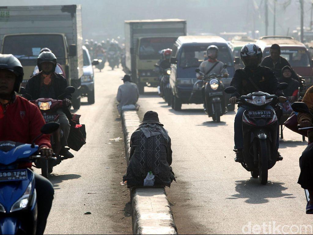 Banyak Pengemis di Trotoar, Dinsos Jakpus: Jangan Beri Sedekah di Jalanan!