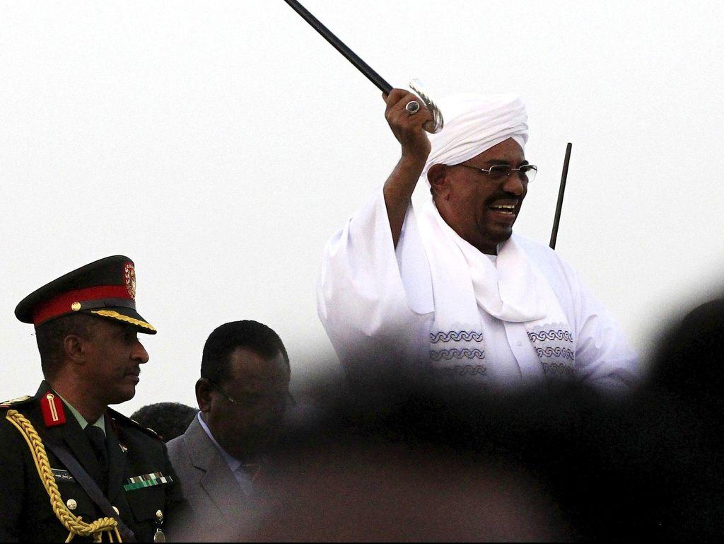Sudan Bebaskan Jurnalis yang Kritik Presiden Omar al-Bashir