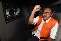 Dahulu, KPK berhasil menejerat Eks Ketua Umum Demokrat Anas Urbaningrum meski SBY tengah menjadi presiden