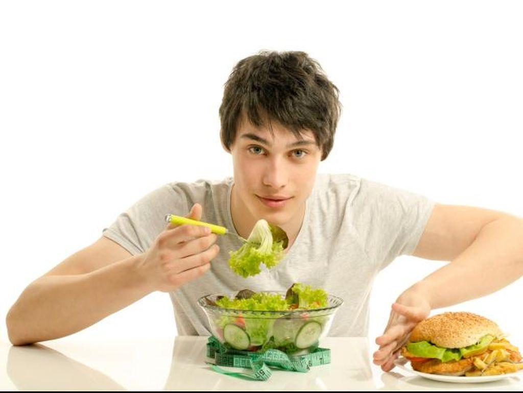 Jangan Sering-sering Makan Sendirian Jika Ingin Sehat dan Berumur Panjang
