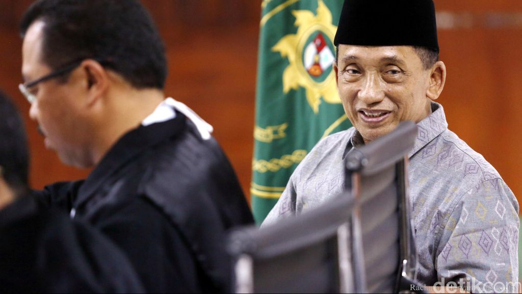 Punya Polis Asuransi di AIA, Fuad Tulis Penghasilannya Rp 1 M per Tahun