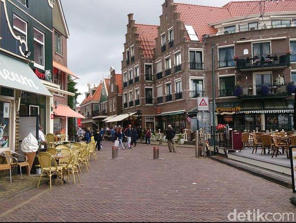 Hati-hati, Banyak Kelompok Pencopet Berkeliaran di Volendam