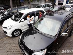 Masyarakat Takut Naik Angkutan Umum saat Pandemi, Mobil Bekas Punya Peluang