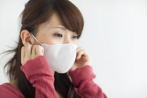 Masih Sering Salah, Begini Cara yang Benar Pakai Masker Polusi
