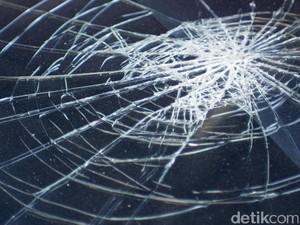 13 Orang Tewas dalam Insiden Tabrakan Bus dengan Truk di Texas