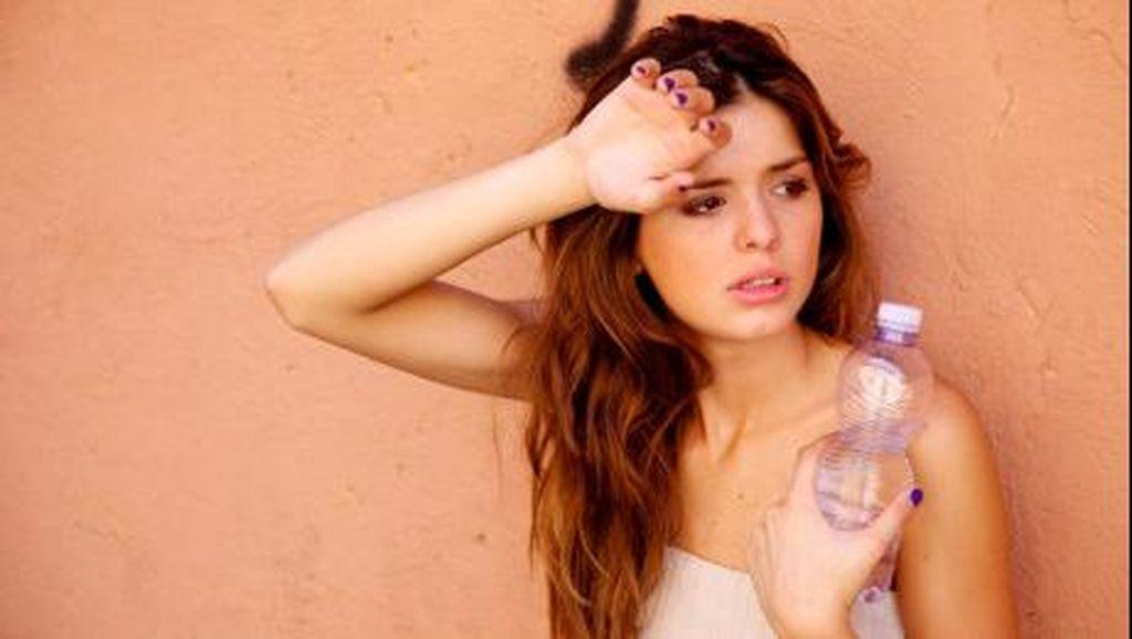 10 Tanda Dehidrasi yang Wajib Diwaspadai