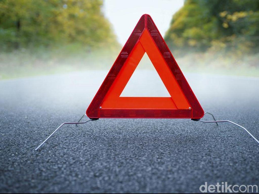 7 Kendaraan Kecelakaan di Tol Cipularang, 4 Orang Luka