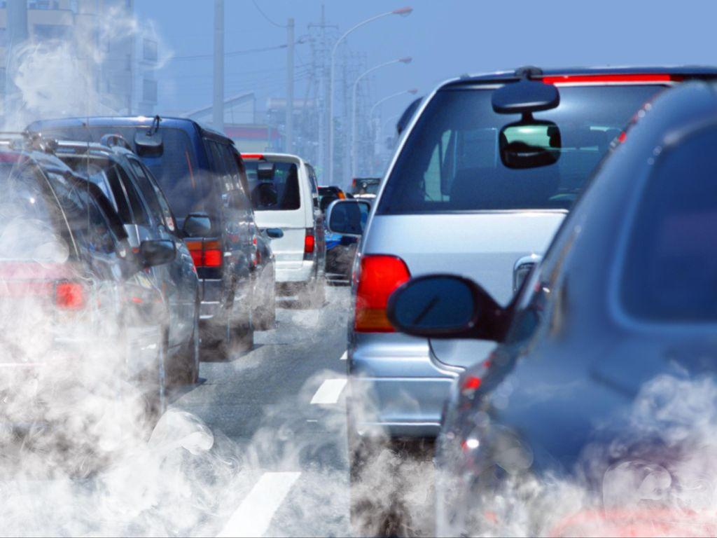Tahun 2030, Inggris Larang Mobil Bensin dan Diesel