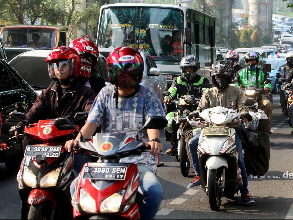 Motor Banyak Buat Cari Nafkah, Kenapa Bakal Kena Cukai Juga?