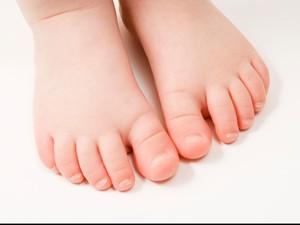 Tips Memilih Sepatu yang Baik untuk Batita