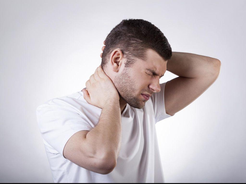Bagaimana Cara Membedakan Benjolan di Leher karena Infeksi atau Limfoma?