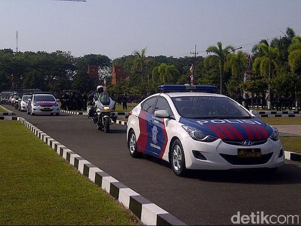 Buat Bukti, Polisi Ajak Masyarakat Foto Mobil Pribadi yang Pakai Rotator