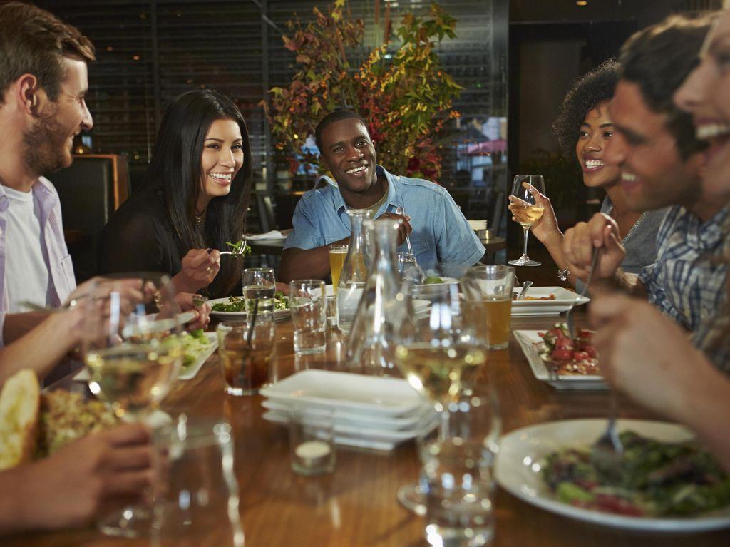 CDC Keluarkan Pedoman Cara Makan yang Aman dari Corona