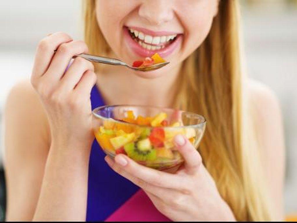 Makan Buah, Sebaiknya Sebelum atau Sesudah Makan? Ini Saran Dokter