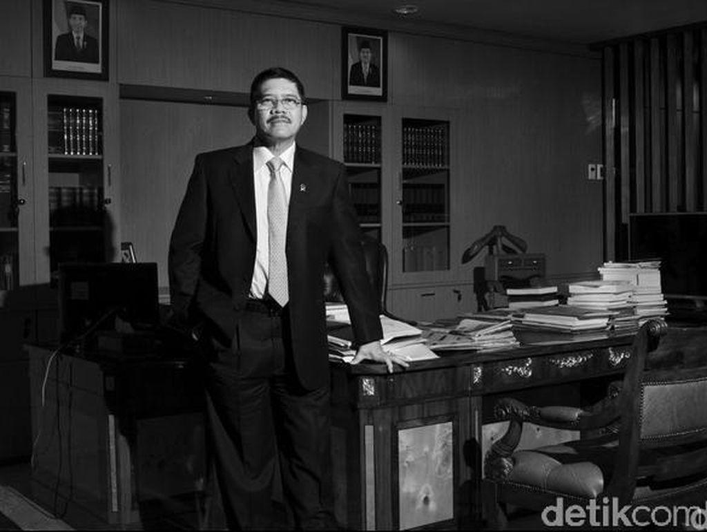 Baiq Nuril Dihukum 6 Bulan Penjara, Apa Kata Ketua MA?