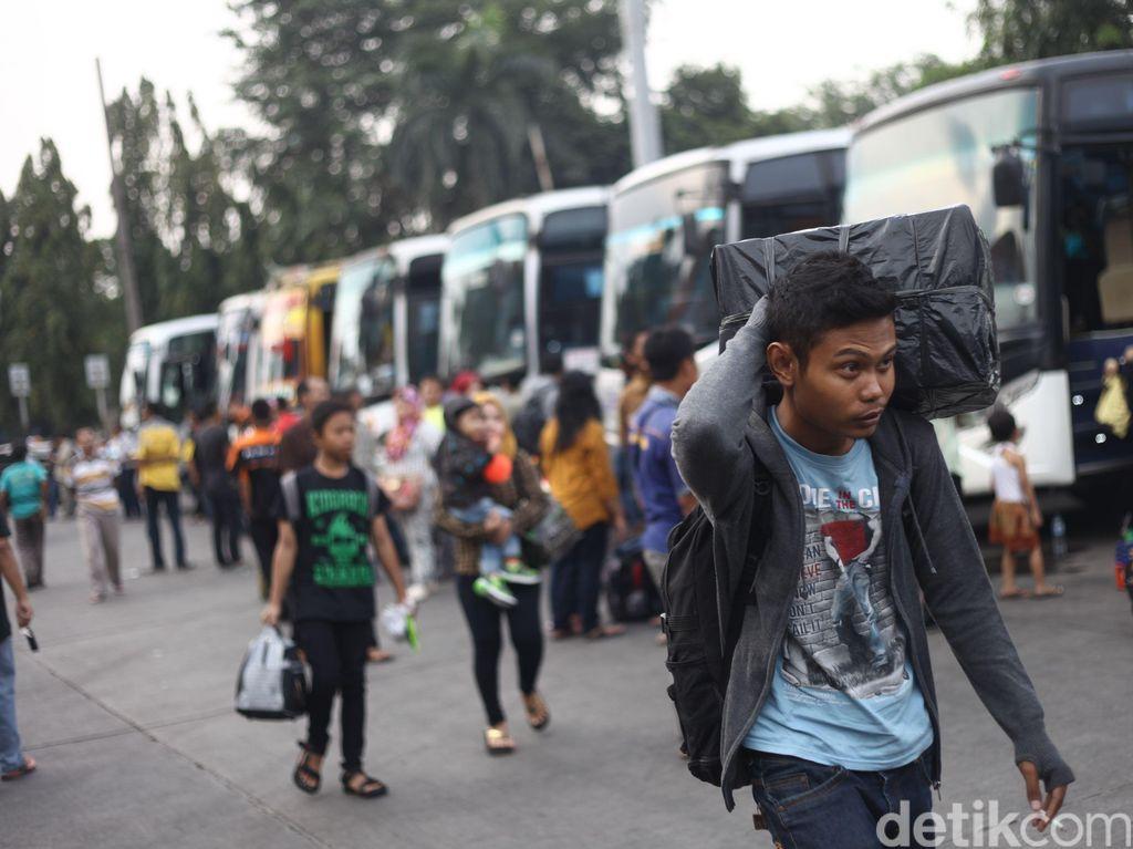 Kemenhub Resmikan E-Ticketing Bus AKAP Joglosemar & Trans Sumatera