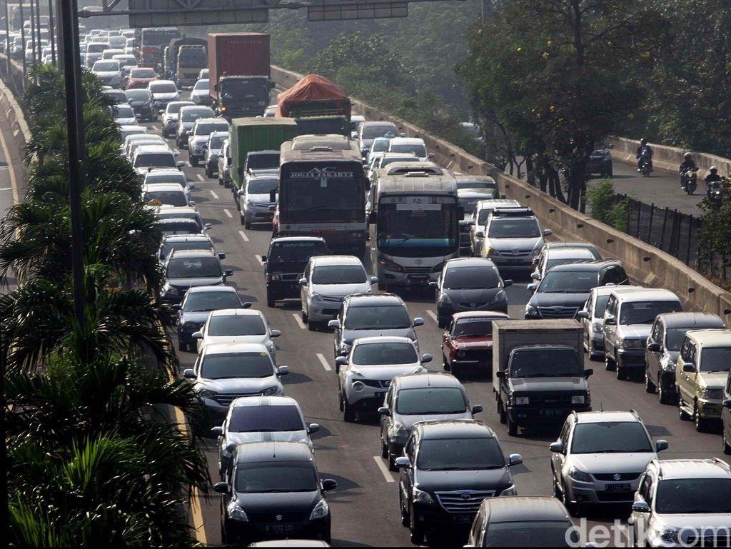 Pemerintah Tak Jadi Batasi Usia Kendaraan?