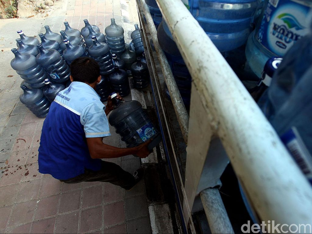 Kondisi Terkini Pabrik AQUA di Sukabumi yang Kena Banjir