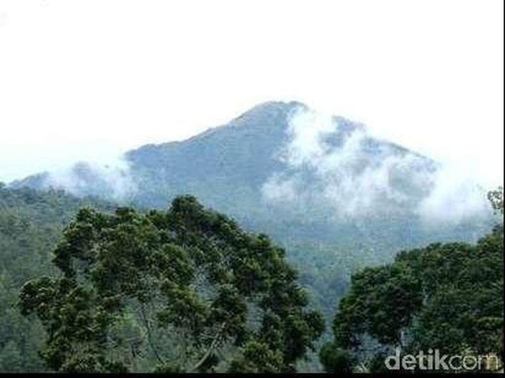 2 Mahasiswa UII Tewas Saat Ikuti Kegiatan Mapala di Gunung Lawu