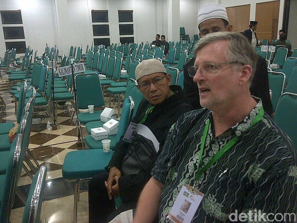 Profil Greg Fealy, Profesor ANU yang Tuding Jokowi Represif ke Islam Radikal