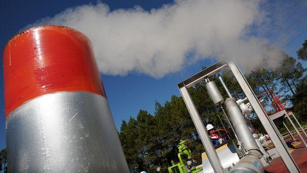 Salah satu fasilitas pemanfaatan panas bumi, Pertamina Geothermal Energy (PGE) Area Kamojang, Kabupaten Bandung.