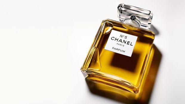 Perbedaan Parfum, Eau De Toilette, dan Cologne [EBG]