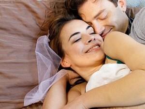 Baca Buku, Cara Praktis Membangkitkan Libido yang Rendah pada Wanita