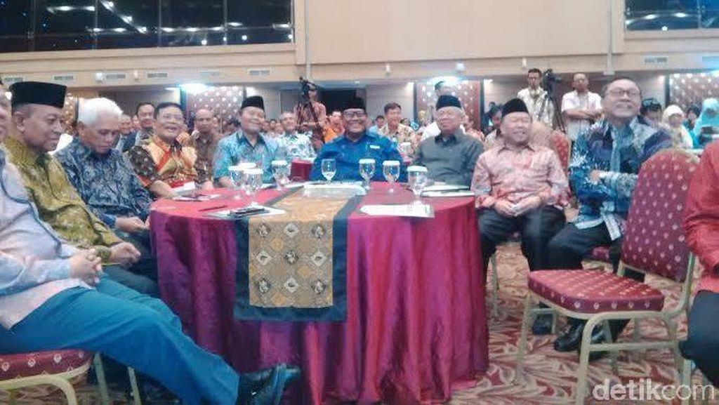 Hatta, Zulkifli Hasan dan Amien Rais Kumpul di Halal Bihalal Tokoh Islam
