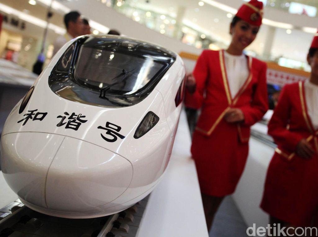 Pinjaman China Buat Kereta Cepat JKT-BDG Belum Cair, Kapan Ya?