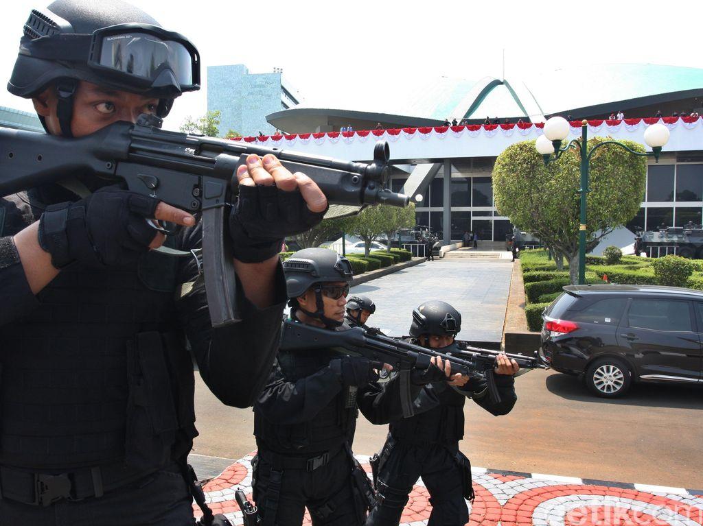 Ketua MPR Usul Lapangan Tembak Dibuat Mirip Punya Paspampres
