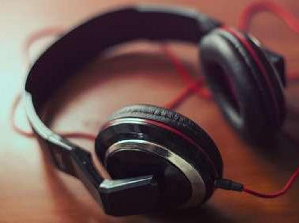 Menilik Pengaruh Radio pada Perkembangan Musik di Putaran Zaman
