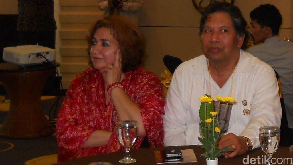Cerita Diaspora Jawa: Dari Lagu Cucak Rowo Hingga Kain Sarung