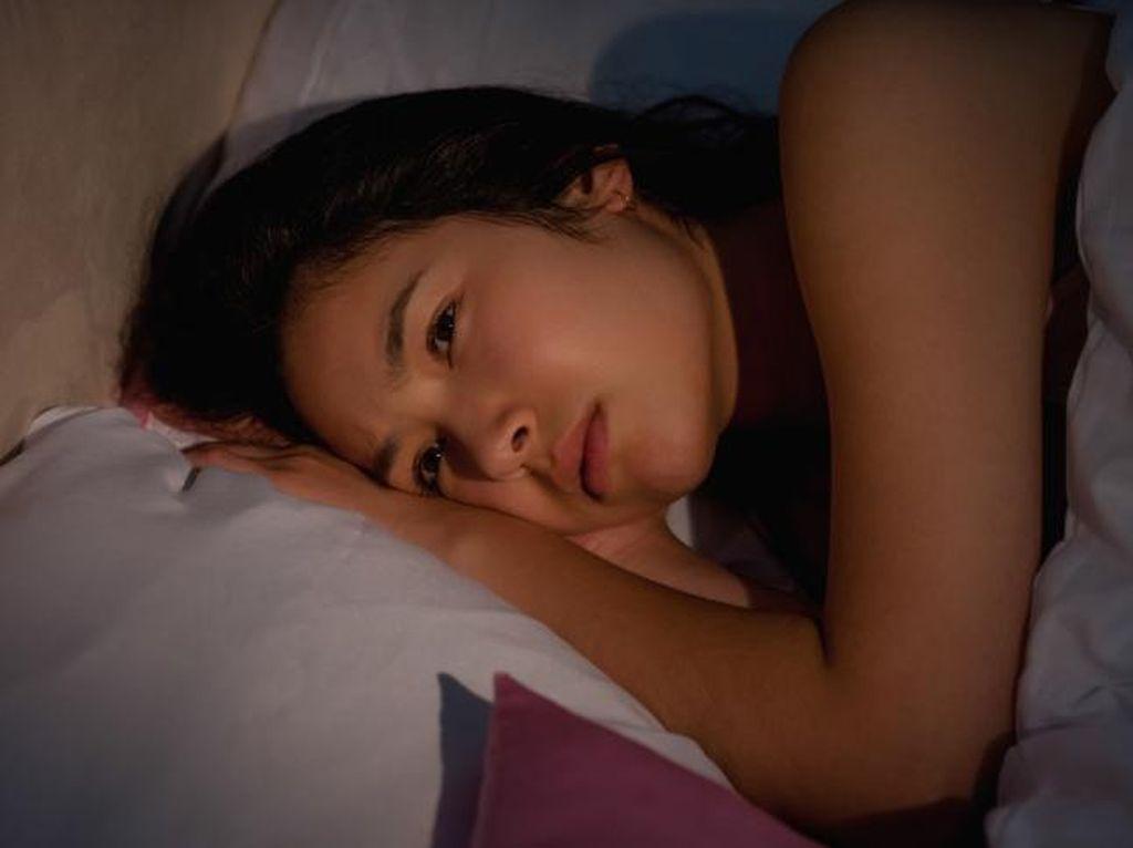 Sulit Tenangkan Pikiran Saat Ingin Tidur? Ini 3 Tips Mengatasinya