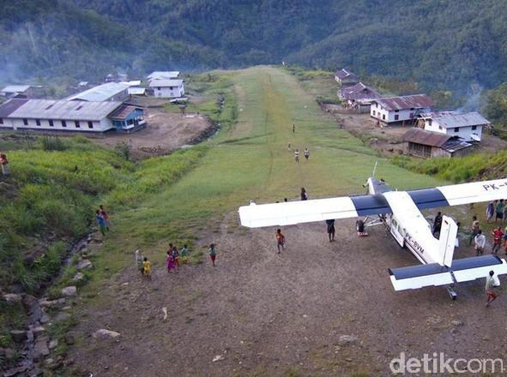 Tol Udara, Jurus Jokowi Ratakan Pembangunan hingga Pedalaman