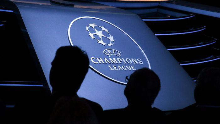 Jadwal babak 16 besar Liga Champions akan dimulai malam nanti, dengan laga Mancheter United vs Paris Saint Germain  (REUTERS/Eric Gaillard)