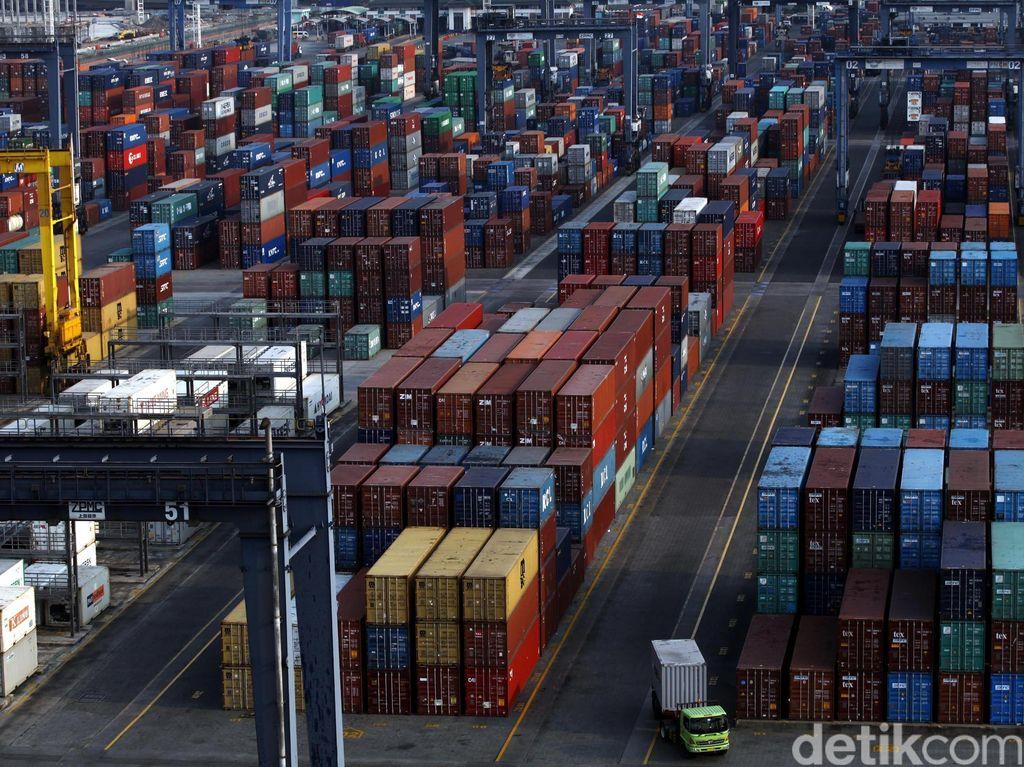 Mulai Besok Tarif Pelabuhan Tanjung Priok Naik!