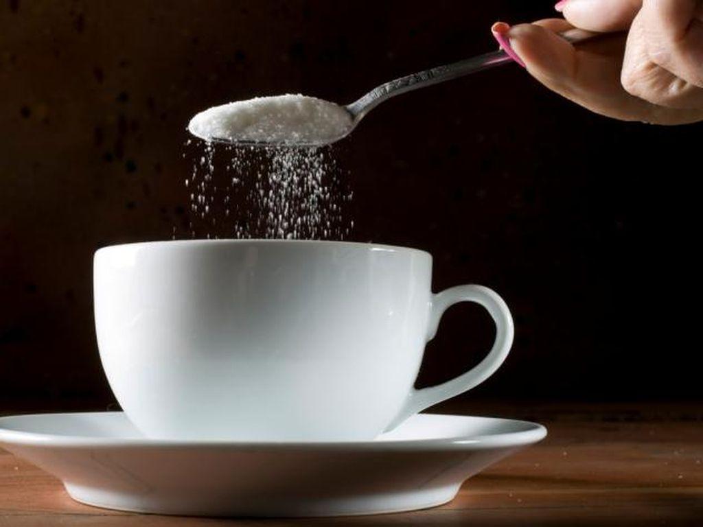 Enggak Sulit, Terapkan 6 Tips Kurangi Asupan Gula Berikut