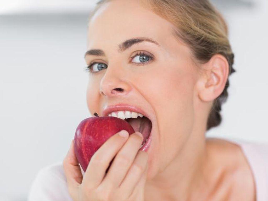 Manfaat Apel untuk Tubuh, Benarkah An Apple A Day Keeps The Doctor Away?
