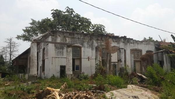 Rumah Mak Lampir dan Sisa Kejayaan VOC di Depok
