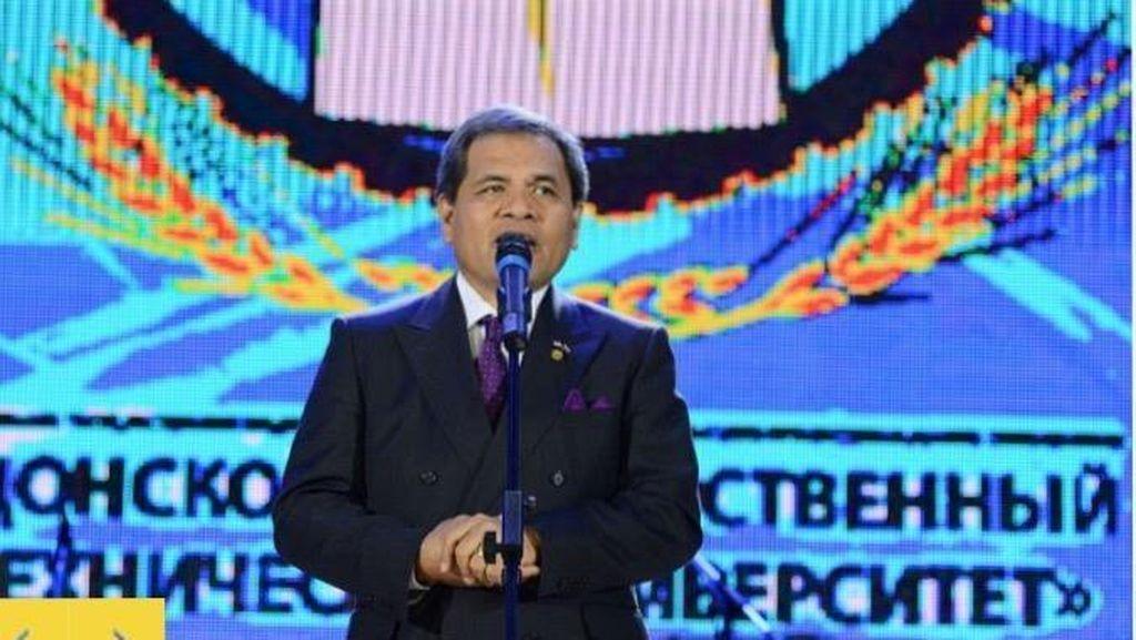Dubes RI Dianugerahi Gelar Warga Kehormatan oleh Universitas Terkemuka Rusia