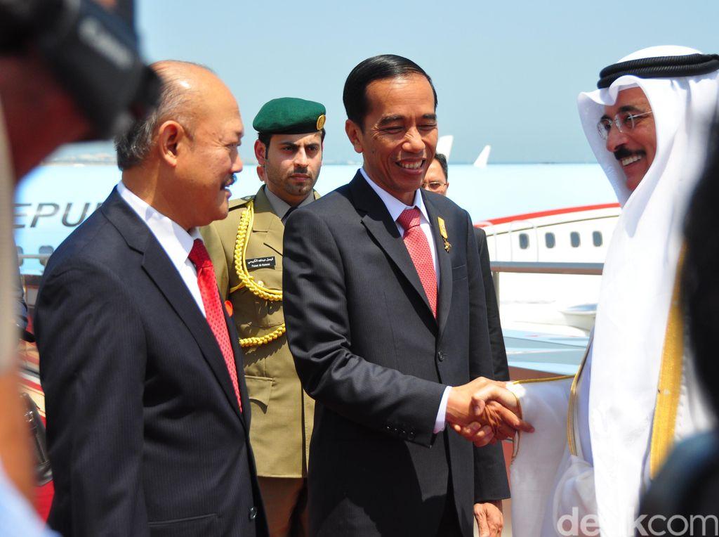 Presiden Jokowi Bertolak Menuju Tanah Air dari Qatar