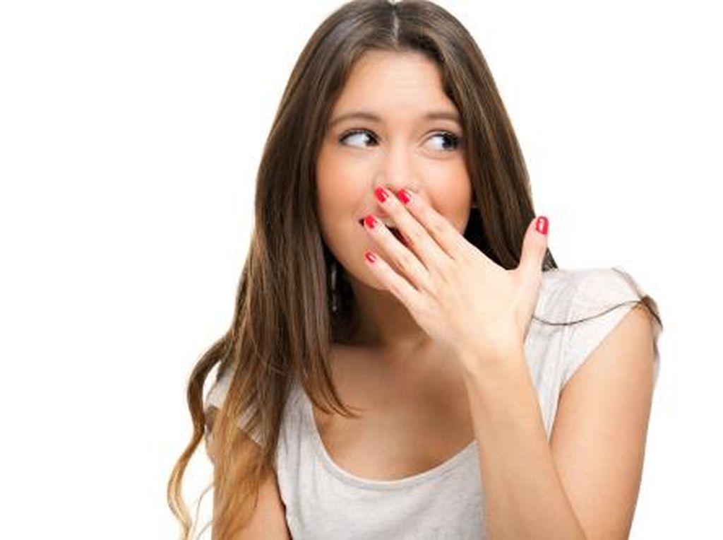 Kenapa Pasien COVID-19 Mengalami Cegukan? Ini Penjelasannya