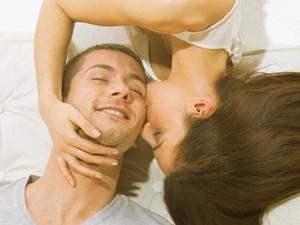 4 Cara Agar Oral Seks Lebih Nyaman Dilakukan