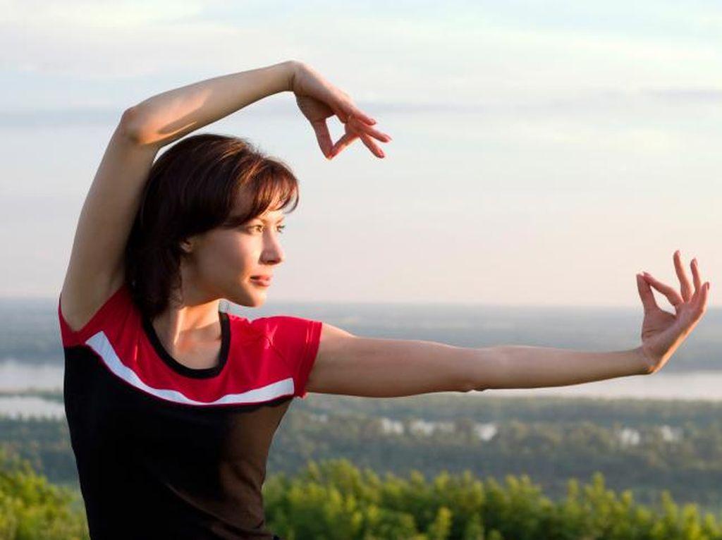 Latihan Tai Chi Bisa Bantu Para Lansia Jaga Keseimbangan Tubuh