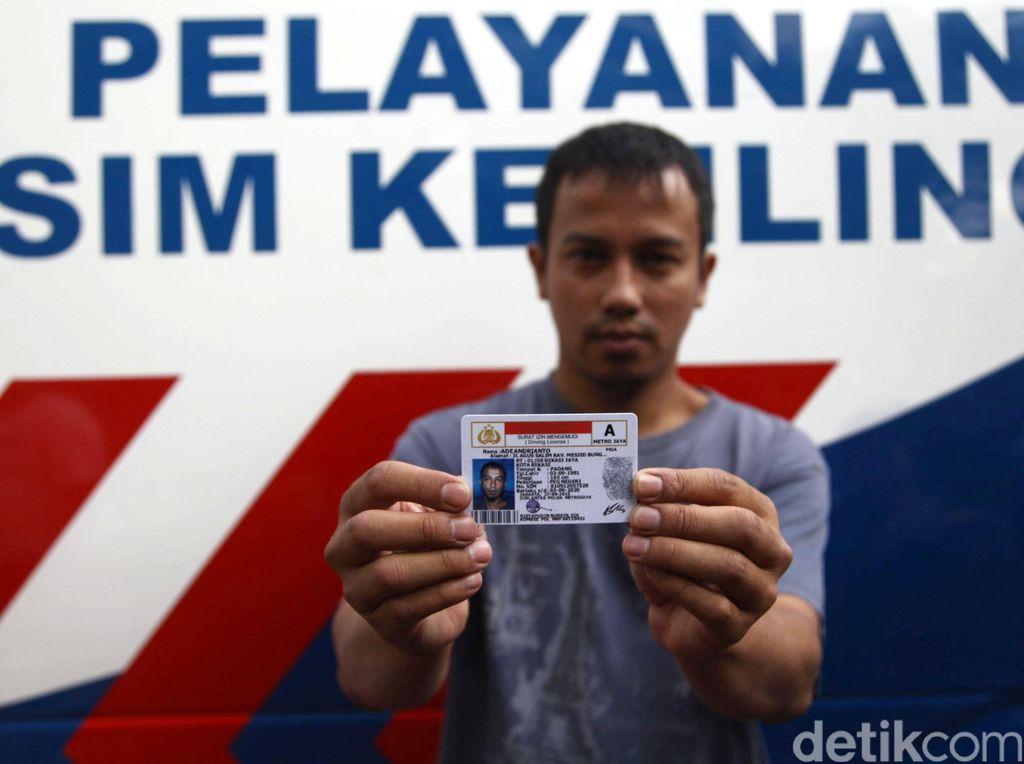 Polri Wajibkan Pemohon SIM Patuhi Protokol Kesehatan Cegah Corona