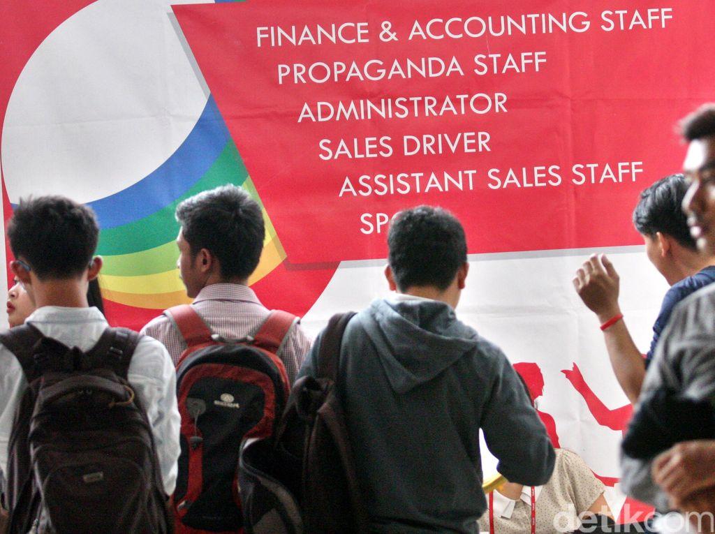 Pengangguran di RI Bertambah 10.000 Jadi 7,04 Juta Orang