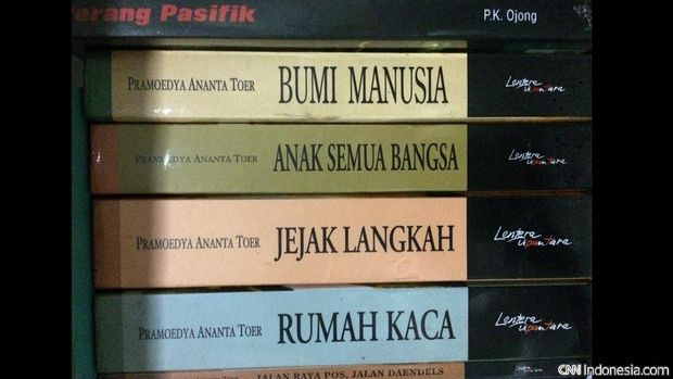 Tetralogi Buru karya Pramoedya Ananta Toer.