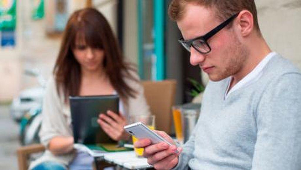 Takut Ketinggalan Info Saat Liburan, Fobia Unik Akibat Kecanduan Gadget