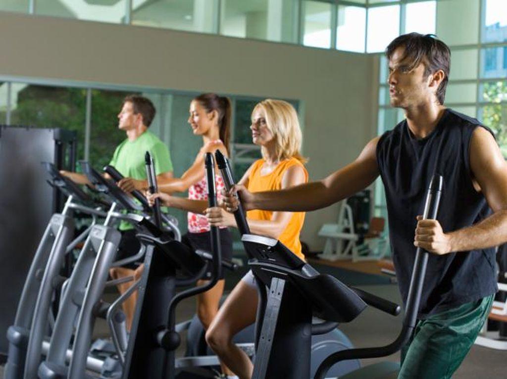Awas Otot Robek! Ini Saran Dokter Bagi yang Sering Maksa Saat Nge-Gym